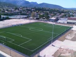 Nouveau terrain de football en synthétique