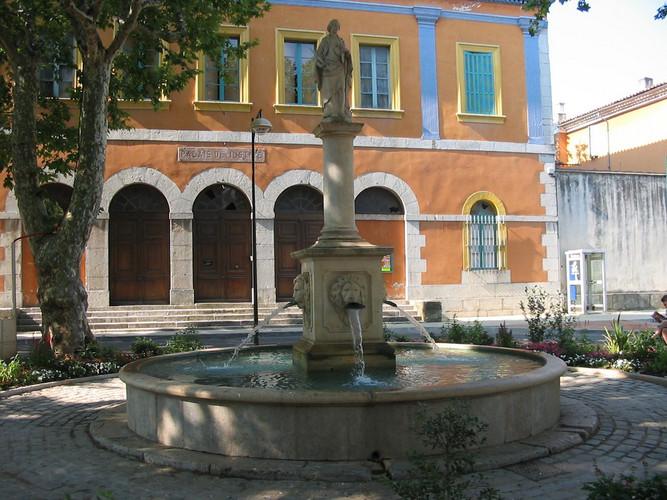 Fontaine du Palais de Justice