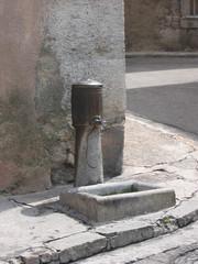 Fontaine Place des Deux Fours