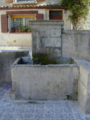 Fontaine Place Cavaillon